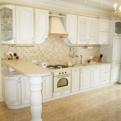 Кухни с патинированными фасадами